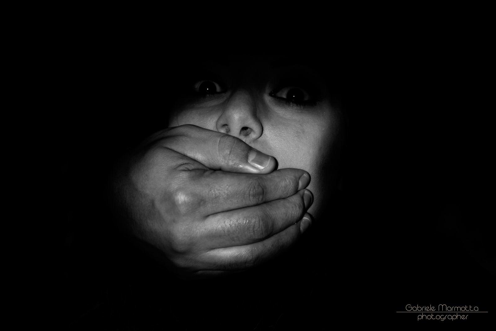 tacere è un po morire