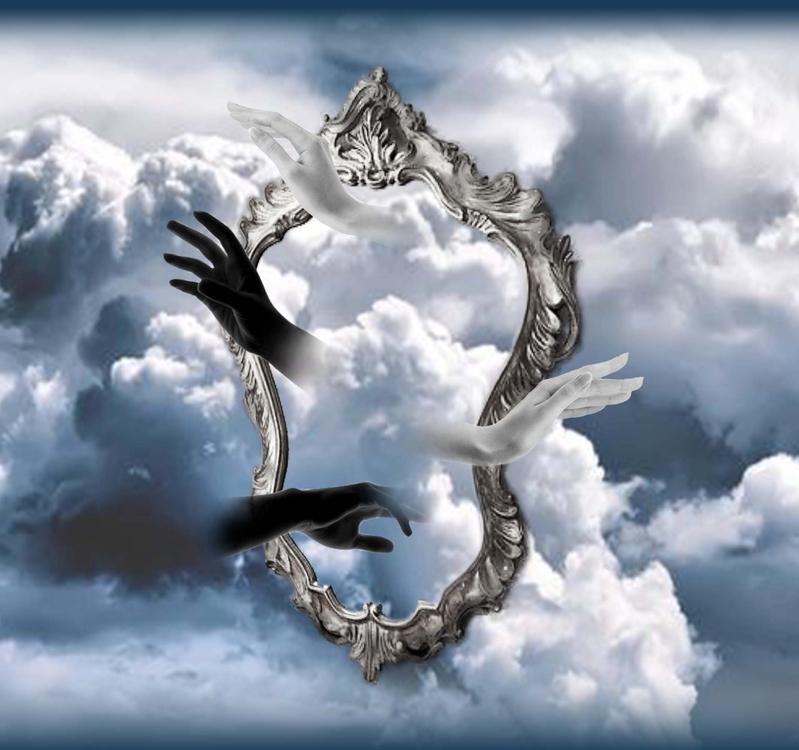 mani specchio nuvole.jpg
